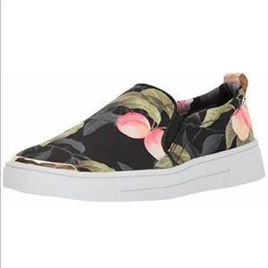 TED BAKER LONDON Tancey Peach Blossom Slip On Shoe